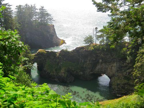 natural bridge on Oregon coast