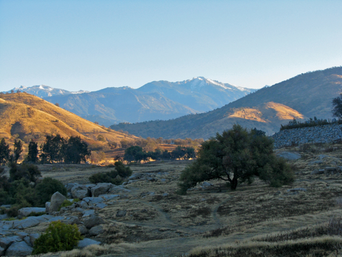 view from Kaweah Lake